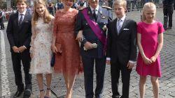"""Waarom de koninklijke familie zoveel van zichzelf blootgeeft: """"Ze moeten tonen dat ze ménsen zijn of ze overleven niet"""""""