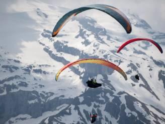 Belgische paraglider (47) sterft in Zwitserland nadat hij controle verliest
