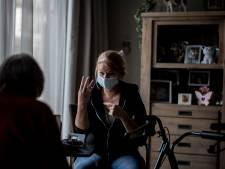 Voor doven en slechthorenden voelt mondkapjesplicht onveilig: 'de communicatie raakt enorm verstoord'