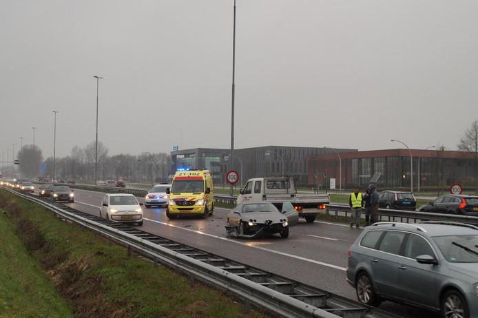 Een kettingbotsing op de A59 bij Vlijmen.