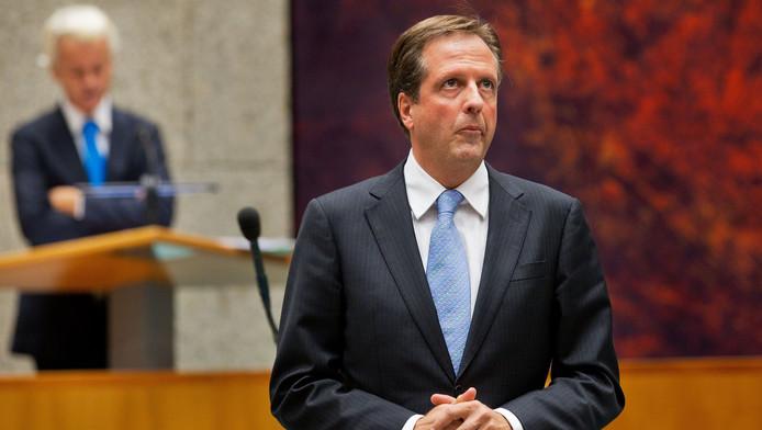 D66-leider Alexander Pechtold in debat met PVV-fractievoorzitter Geert Wilders tijdens de Algemene Beschouwingen in de Tweede Kamer.