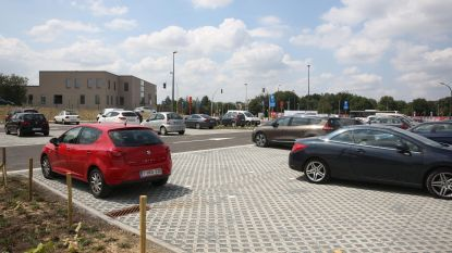 270 plaatsen op nieuwe Nederhemparking