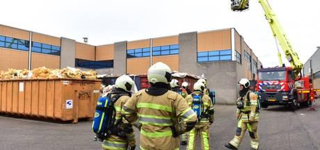 Ventilator in brand op dak bedrijfspand Vianen