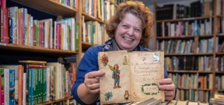 Eeuw-oud poëziealbum duikt op bij Goese kringloopwinkel
