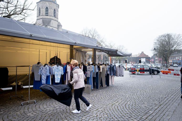 Een archiefbeeld van de Bornemse maandagmarkt.