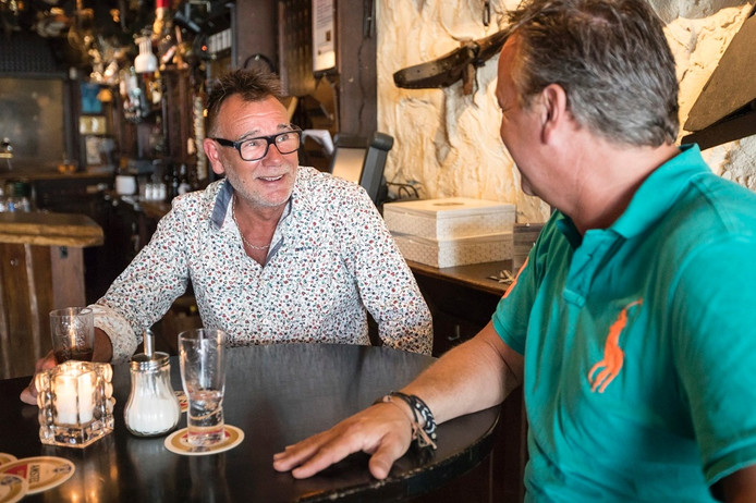 René Dekker (links) en de Smidse-eigenaar Loek de Graauw