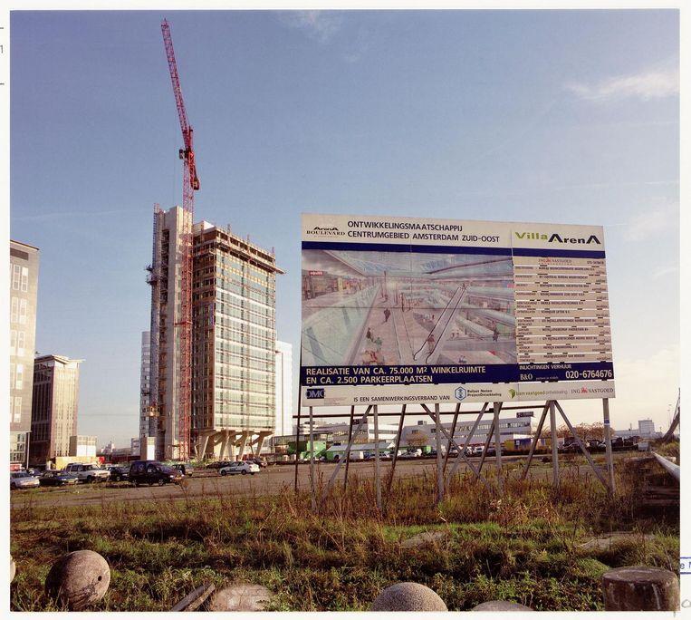 Meubelboulevard Villa Arena staat aangekondigd, 2001 Beeld Beeldbank Stadsarchief Amsterdam