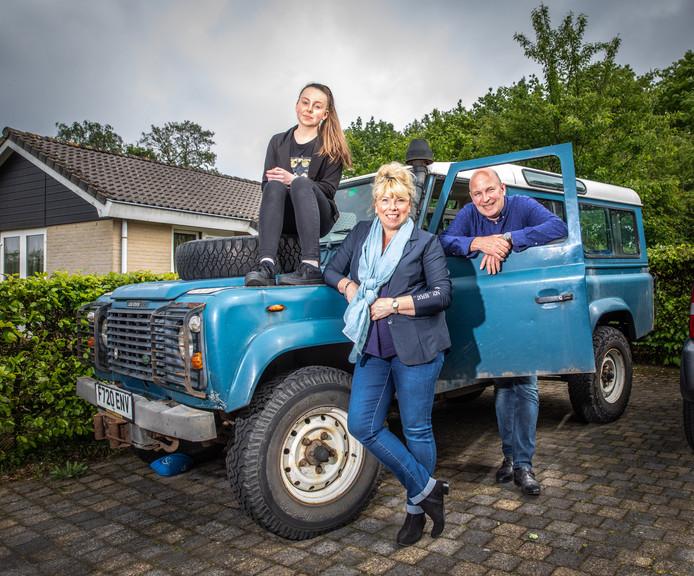 Brexit-familie Hartman. Dochter Emma, moeder Dorien en vader Vincent.