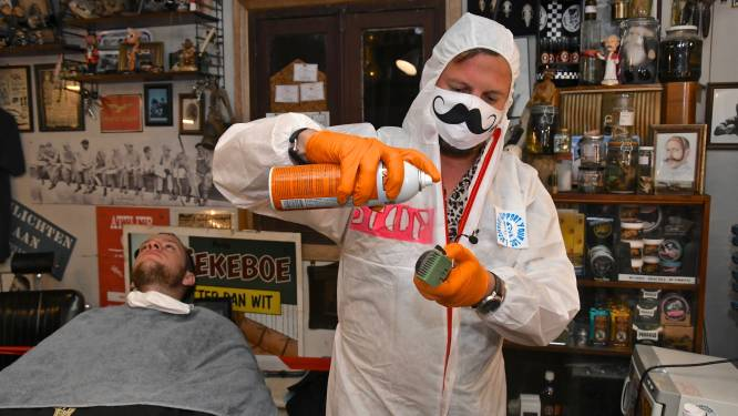 """Barbier Mister Steve dolblij met perspectief, maar houdt vast aan actie op 1 februari: """"Zonder knippen en scheren, maar mét kunst en verkoop van barbierartikelen"""""""