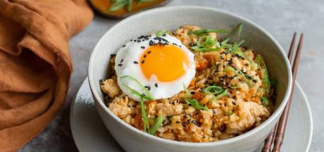Wat Eten We Vandaag: Bloemkoolrijst uit de wok met kalkoen
