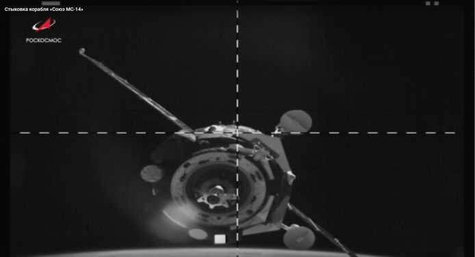 De koppeling die zaterdag mislukte, ging vandaag wel goed waarna Fedor aan boord van het ISS kon.