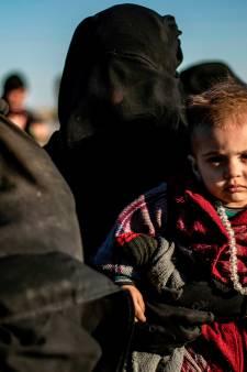 Eerste Duitse IS-kinderen opgehaald bij Syrische grens