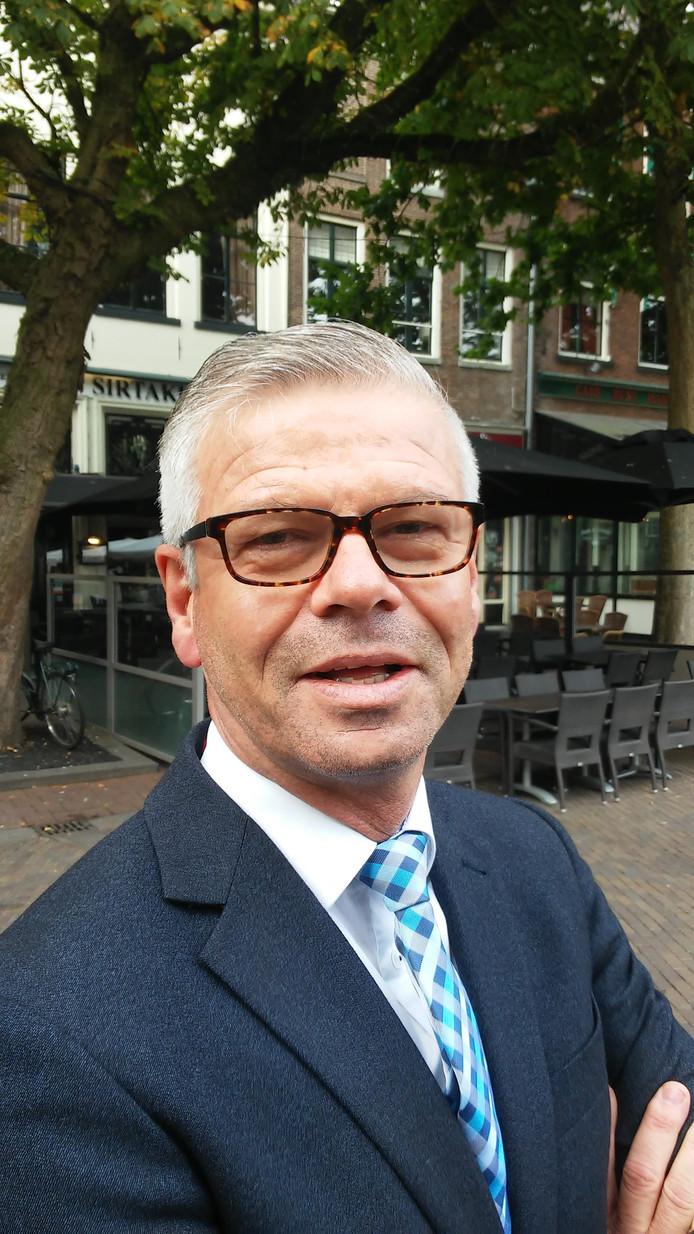 Wethouder Frits Rorink (CDA) over het tekort van 4 miljoen euro bij de bouw van het Deventer filmtheater en de deal met aannemer Hegeman. ,,Belangrijk is ook dat met deze deal de bouw snel begint en afkomt.''