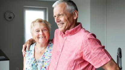 """Gerard (75) en Nelly (74) leerden elkaar 54 jaar geleden in Italië kennen: """"Ons huis kreeg de naam van de camping waar we verliefd werden"""""""