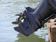 Politie plaatst 'lokbuitenboordmotor' in haven Wilsum: dief krijgt taakstraf