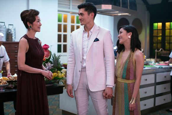 Michelle Yeoh, Henry Golding en Constance Wu in de film 'Crazy Rich Asians'.