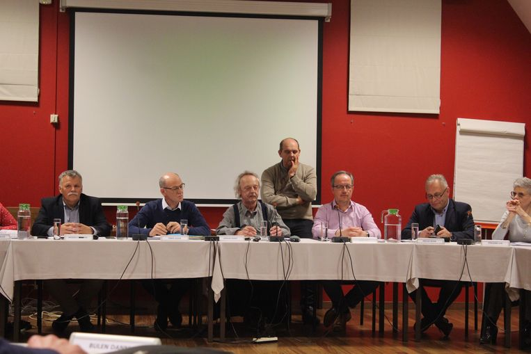 De gemeenteraad in Diepenbeek keurde de benoeming van de N-VA, CD&V, Open VLD en Groen schepenen opnieuw goed