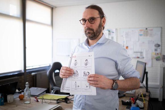 Directeur Tom Cornu van Basisschool 't Kasteeltje, zijn ploeg maakt huiswerkpaketten op maat.