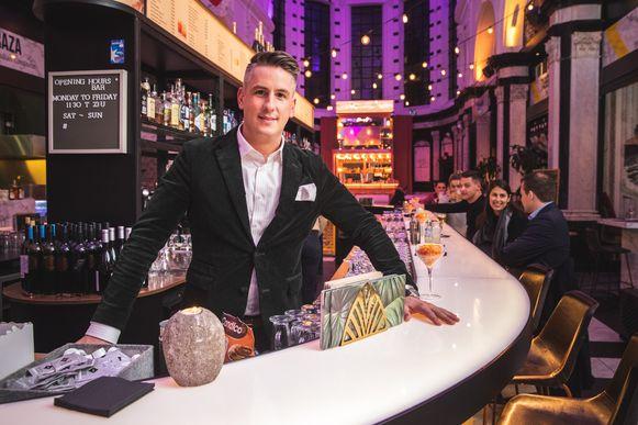 Ladislas Leys, nog 1 maand te vinden in zijn Holy Food Market aan de Ottogracht.