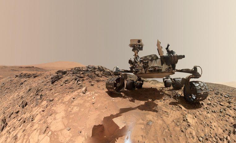 Marsrover Curiosity op de rode planeet.
