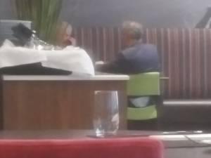 """Coens et De Crem surpris dans le restaurant d'un hôtel: """"Cela ne se reproduira plus"""""""