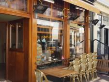 Van kroeg naar badkamerspecialist: Café Plaats Royaal verkoopt even geen pilsjes, maar toiletborstels