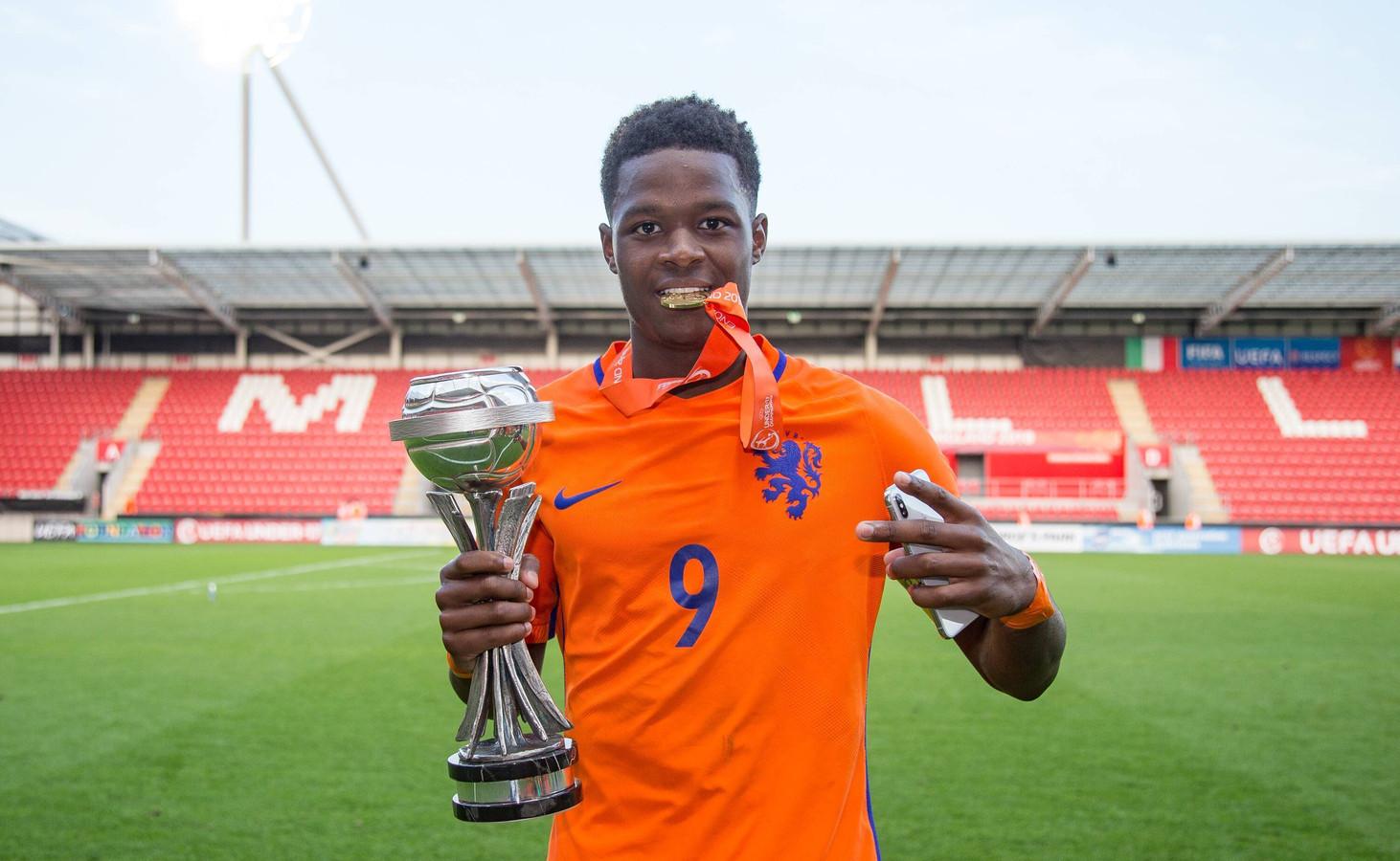 Daishawn Redan, twee keer Europees kampioen met Oranje onder 17, maakt de overstap van Chelsea naar Hertha BSC.