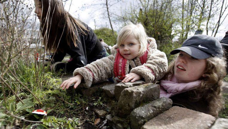 In Nederland wonen meer kinderen in de stad dan op het platteland. Veel kinderen kennen natuur enkel van tv of computerspelletjes. ©ANP Beeld