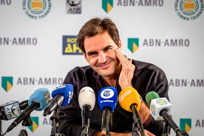 Roger Federer tijdens zijn persconferentie in Ahoy Rotterdam.