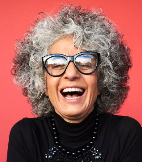 Ces femmes prouvent que les cheveux gris sont plus tendance que jamais