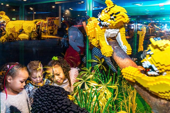 In de Jaarbeurs opent vandaag Lego World zijn deuren.