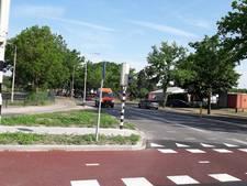 Vaart achter fietspad langs Plesmanweg Almelo