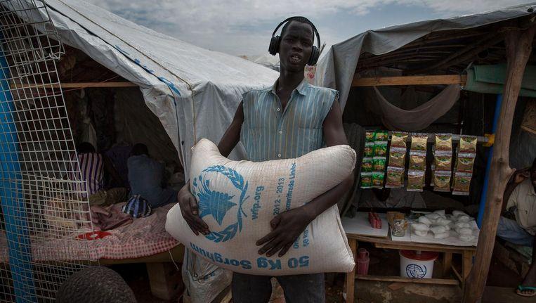 Voedselhulp in het hoofdkwartier van de VN-missie in Zuid-Soedan. Beeld anp