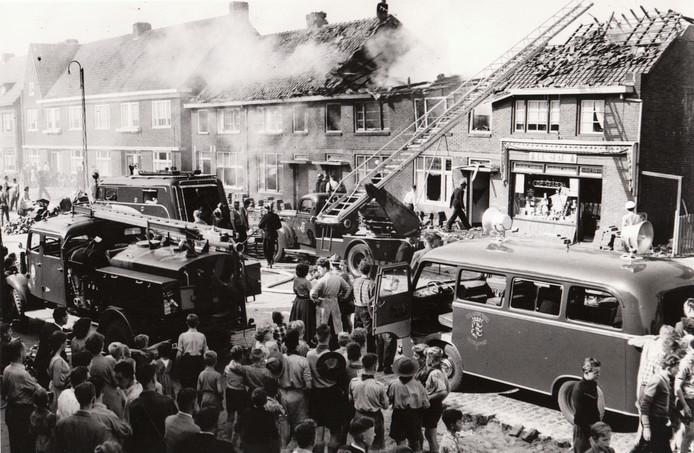 Op 22 augustus 1956 stortte in Strijp een Lockheed T33 neer op een rijtje woningen (Zeelsterstraat/Bergen op Zoomstraat). Er waren twee doden en 18 gewonden te betreuren. De straaljagerpiloot kwam om het leven en ook Jan Kortooms, die in de achtertuin zijn brommer aan het poetsen was.Volgens verhalen uit die tijd had de piloot naar zijn vrouw, die 100 meter verderop woonde, willen zwaaien en daarbij hoogte verloren. Zeven huizen raakten verwoest.
