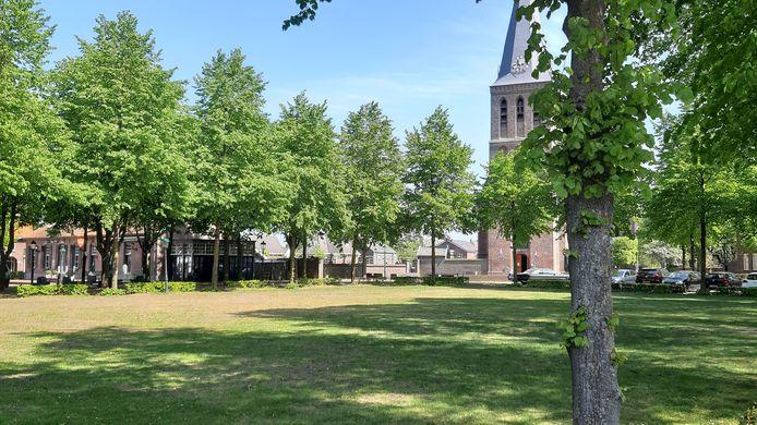De Brink in Sint Anthonis is nu nog uitgestorven, straks is hier een groot terras.