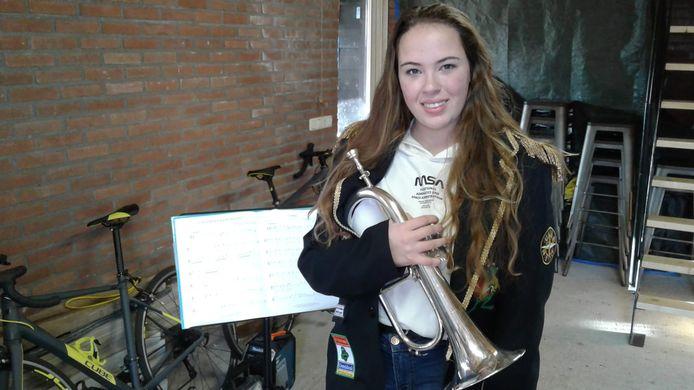 Lotte Keijnemans schreef het carnavalsnummer Samen examen, maar kan het niet zelf zingen.