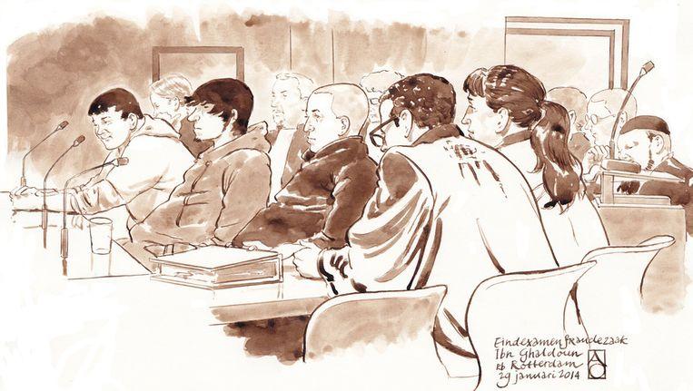 Een schets van de drie verdachten van de examendiefstal in de rechtszaal, eind januari. Beeld ANP