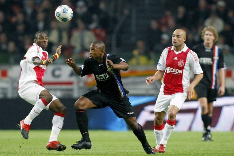 Kargbo (M) in de wedstrijd tegen Ajax. Beeld anp