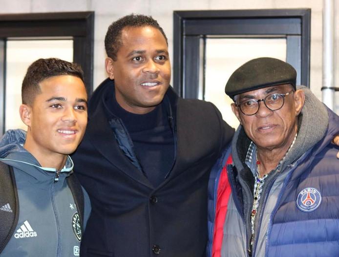 Justin (l), Patrick (m) en opa Kluivert.