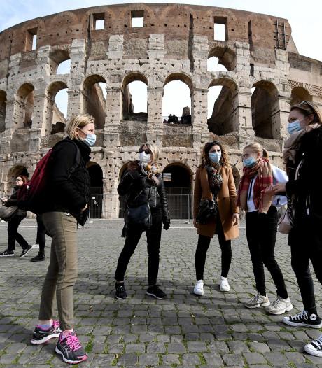 Gymnasium Celeanum Zwolle reist vanwege coronavirus met één leerling minder af naar Griekenland en Rome
