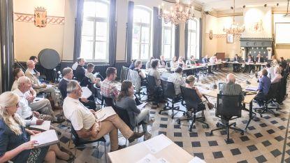 Provinciegouverneur tikt Kruisems schepencollege op de vingers voor onrechtmatige beknotting van rechten gemeenteraadsleden