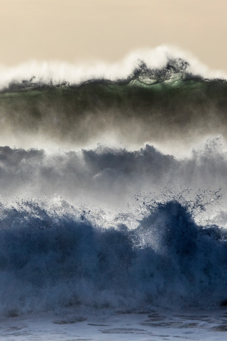 Arnhemse fotograaf stroopt kusten af: 'Als het stormt, wordt het interessant'
