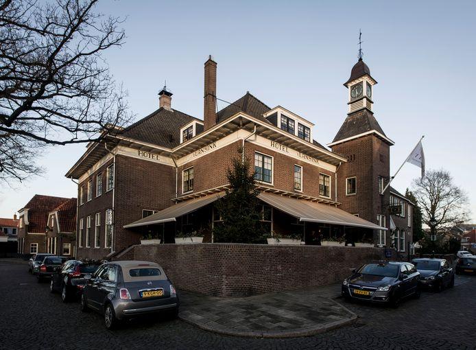 Hotel/restaurant 't Lansink aan de C T Storkstraat in Hengelo.