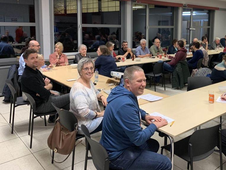 De Hooiktse dorpsraad en lokale verenigingen hielden een brainstormsessie over de tweehonderdste verjaardag van het dorp.