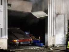 Brand in autobekledingsbedrijf in Breda