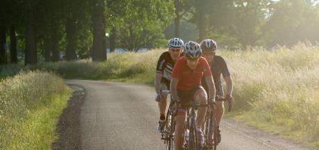 We trekken er weer op uit en dat is goed voor de fietsenzaak, fietsen zijn niet aan te slepen