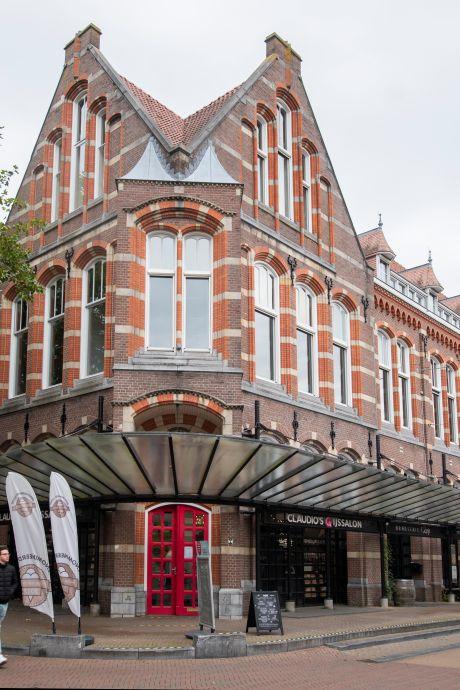 Hotel, woningen of creatieve invulling voor oude postkantoor in Apeldoorn?