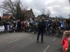 Robin Blummel sprint naar zege in enerverende Ronde van Bruinisse