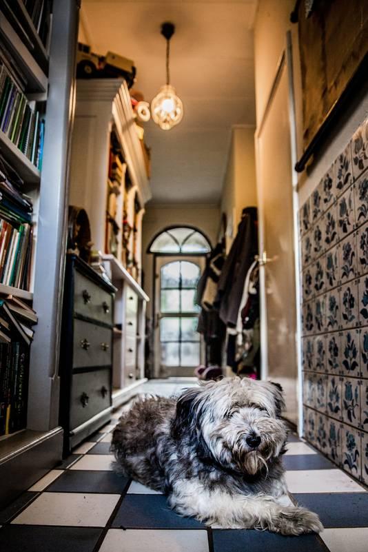 20-10-2017 OMMERSCHANS - Janny en William Jansen. Het spookt in hun huis. FOTO SHODY CAREMAN