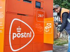 PostNL zet automaat voor pakjes op twee plekken in Eindhoven
